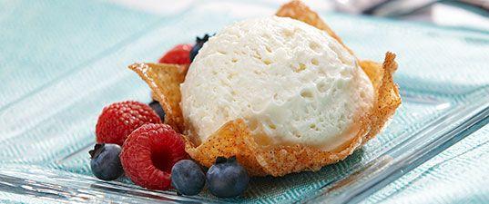 Fluffy Cheesecake in Crispy Cinnamon Wonton Cups | Wisconsin Milk Marketing Board