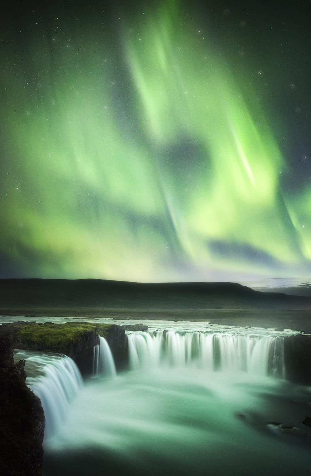 It S Easy To See Why It S Called Waterfall Of The Gods Godafoss Iceland Oc 1080x1655 Tristan Todd Landscape Pictures Landscape Photography Landscape