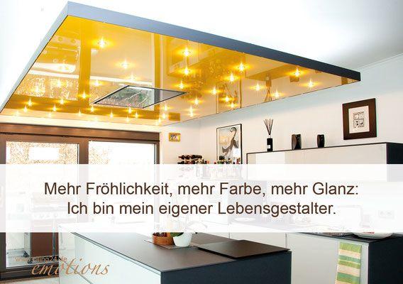 Gelbe Spanndecke mit Sternenhimmel über Kücheninsel- CILING - sternenhimmel für badezimmer