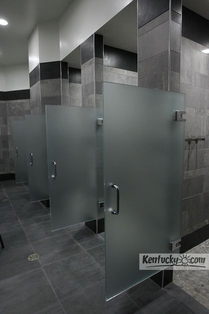Mens shower room
