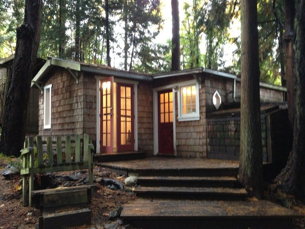 Oceanside Cottage In The Trees Stunningly Private Yet So Central Ganges Cottage In The Woods Cottage Salt Spring Island