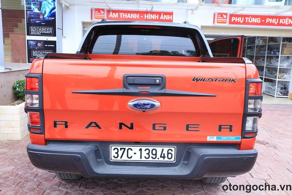 Ốp viền đèn hậu Ford Ranger 20132015 Ford ranger, Ford