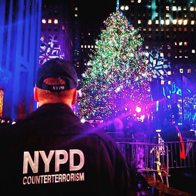 Thank you @nypd for keeping our city safe everyday  #thankyou #nypd #counterterrorism #rockefellercenter #rockefellerchristmastree #midtown #manhattan #nyc #ny #nights #christmas #love #photooftheday #iloveny #thebigapple #december #photographer #photo #follow4follow #followme #followme #f4f #tourism #visitnewyork #police