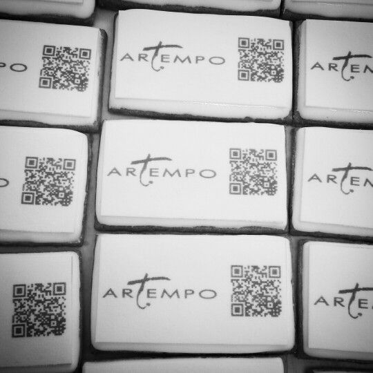 Connected icing cookies from MAISON GERMAIN #maisongermain #nantes #france QR code