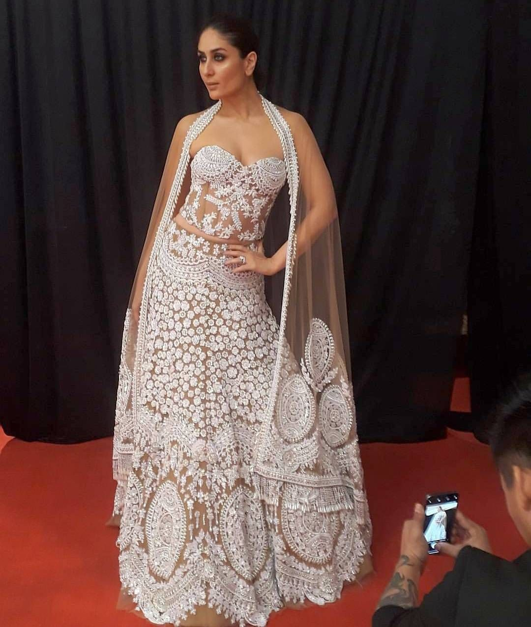 KareenaKapoor oozed glamour as she walked the ramp for ...