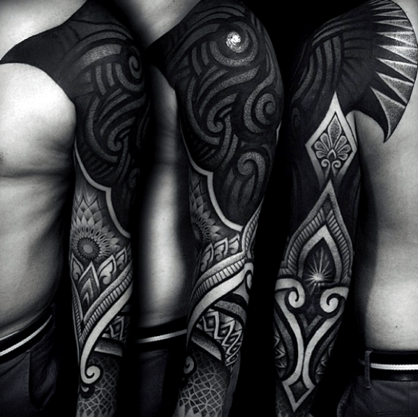 Black Out Geometric Tattoos All Black Tattoos Are Inspired From Neo Tribal Tattoos With Their All Black Tattoos Tattoos Tribal Tattoos