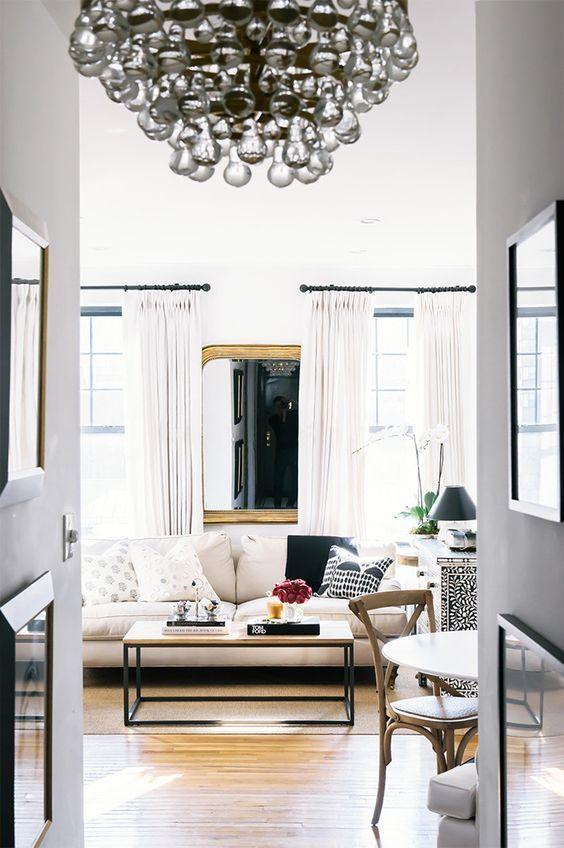 Inside A Fashion Blogger S Dreamy West Village Apartment Country House Decor West Village Apartment Home Decor