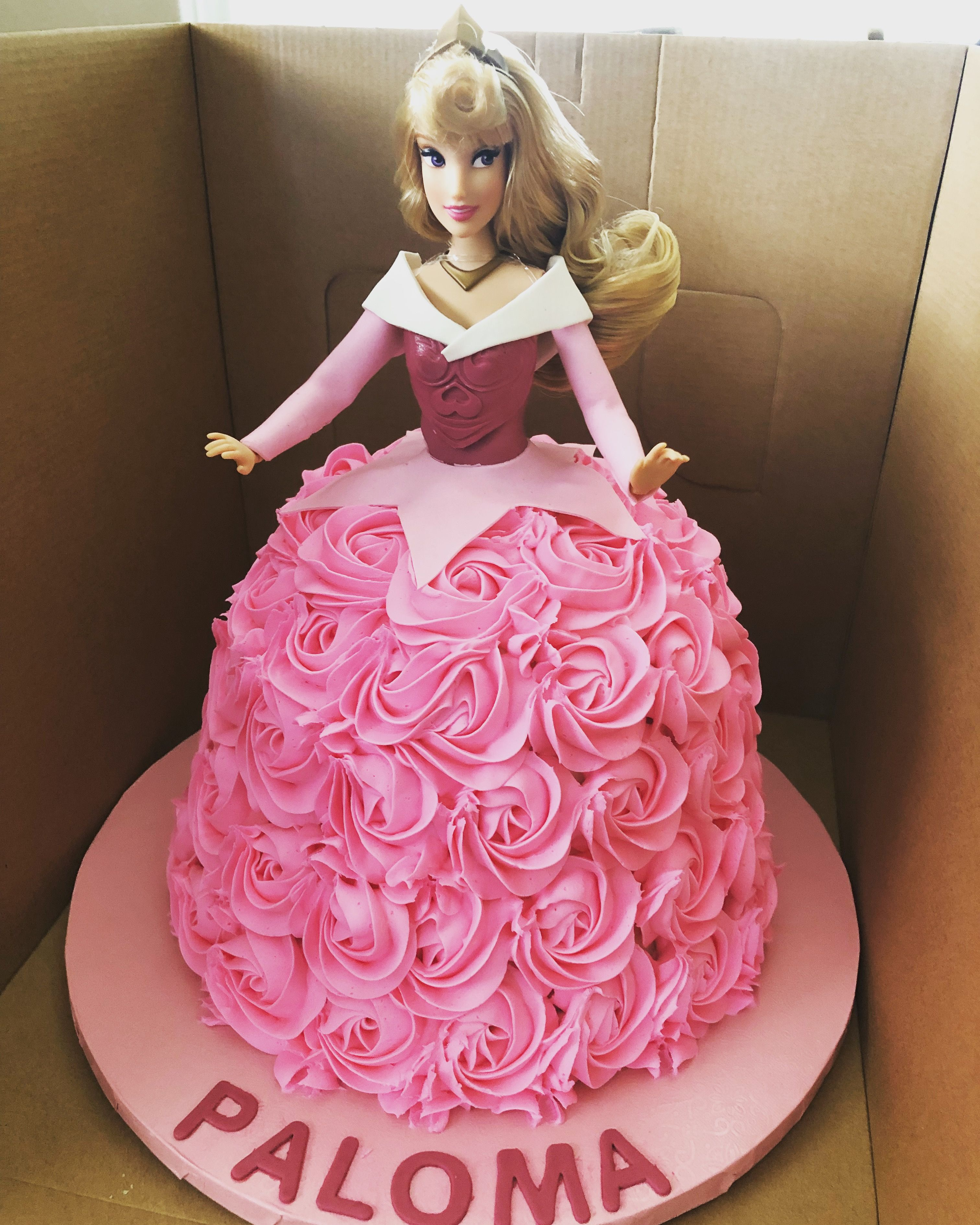 Sleeping Beauty Princess Aurora Doll Cake With Images Princess