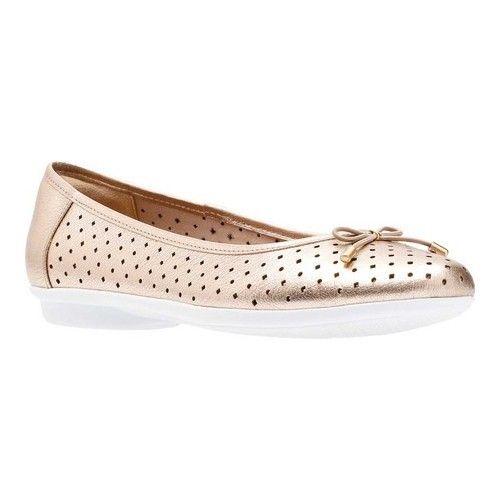 Clarks Gracelin Lea Ballet Flat(Women's) -Black Full Grain Leather New Arrival Discount Cheap Online Discount Perfect Latest Collections Shop For Online 9tWhDu