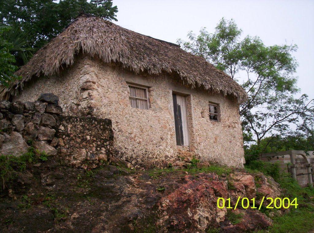 Esta es una foto de una casa humilde en merida mexico durante la cuenta el pobre andres - Foto casa merida ...