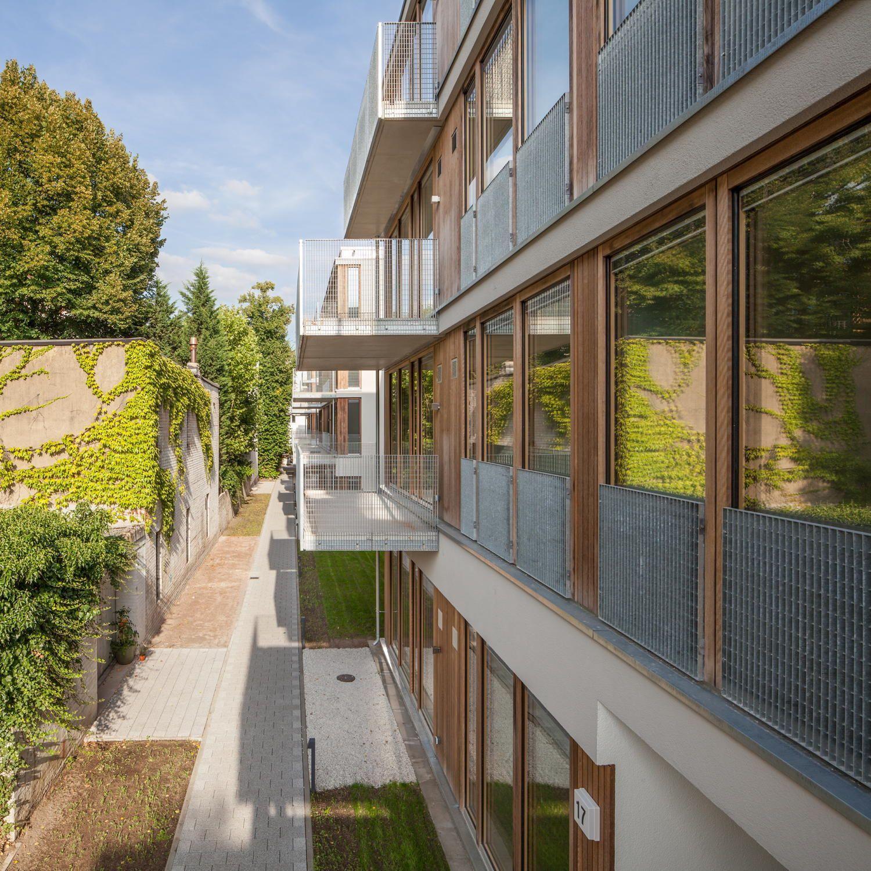 Nachverdichtung Im Hinterhof Wohnriegel In Hamburg Von
