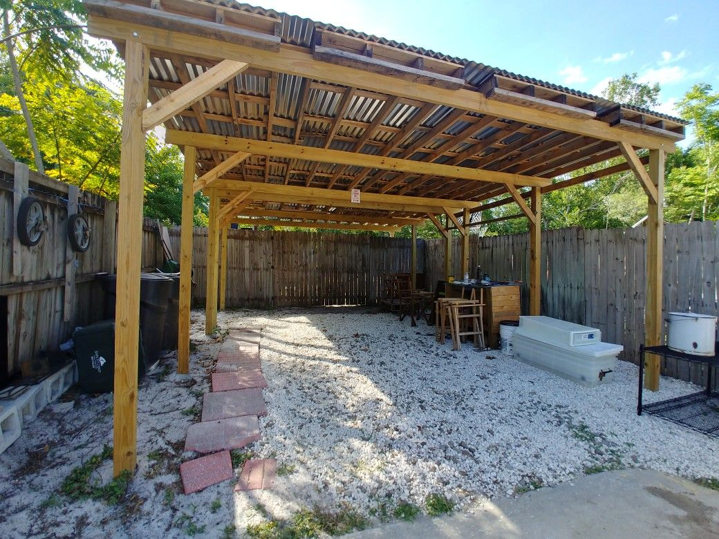Car port made with pallets backyard landscaping diy