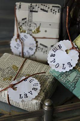 Original manera de envolver regalos envuelve tus regalos - Envolver regalos de forma original ...