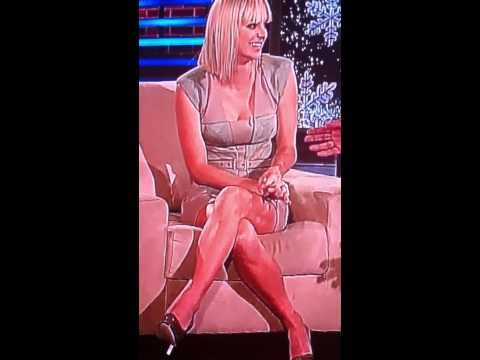 Anna faris upskirt photo