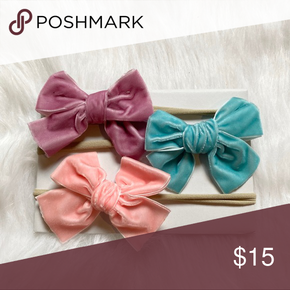 Handmade velvet bow set Set of 3 handmade bows.   Fit 0-2 years Accessories Hair Accessories #kidshairaccessories