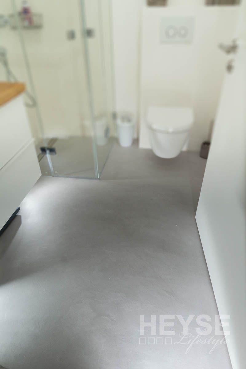 Top Referenz Fugenloser Boden Im Betonlook Badezimmer Fussboden Bodenbelag Bad Fussboden