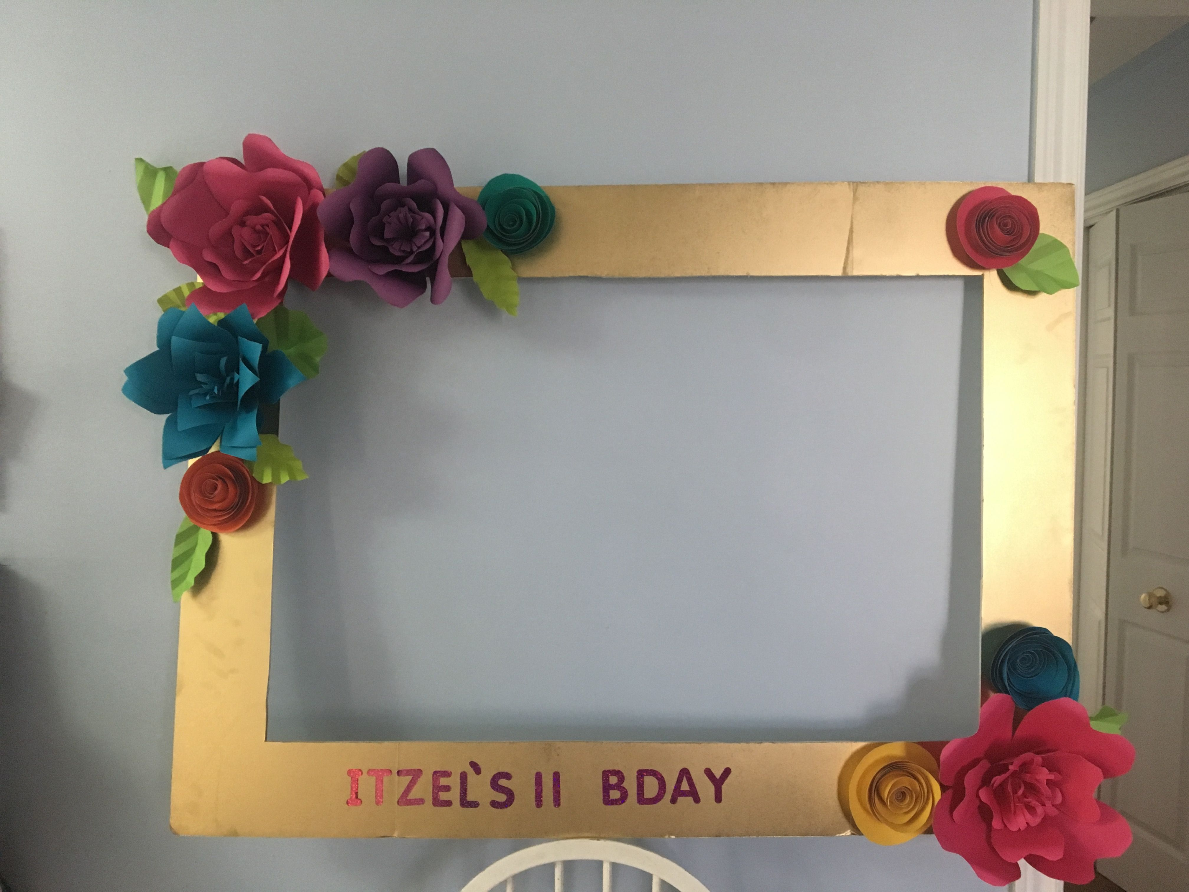Diy beautiful gold photo booth frame made with a dollar