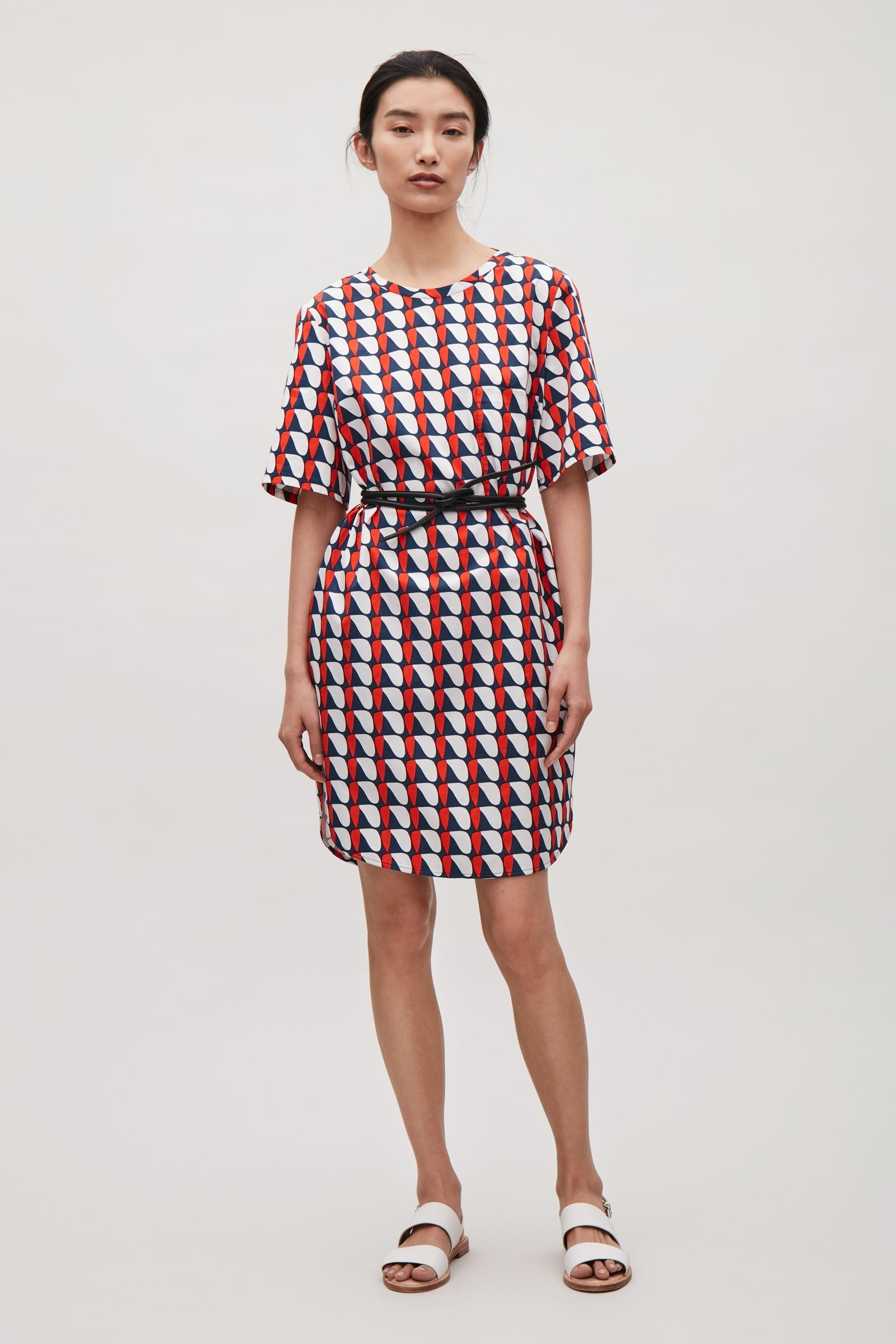 f76645446d COS image 1 of Oversized printed t-shirt dress in Red