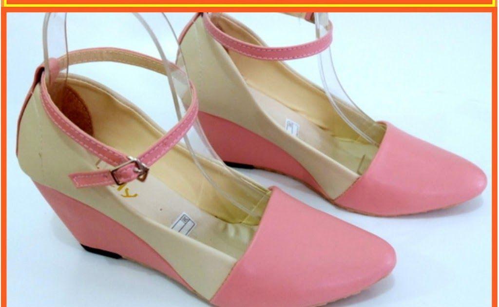 Sandal Wanita Terbaru Di Shopee Di 2020 Sepatu Wanita Sandal