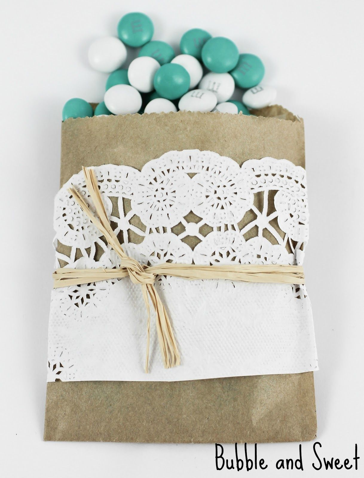 Bubble and Sweet: DIY mini brown paper and doily snack bags | FAVOR ...
