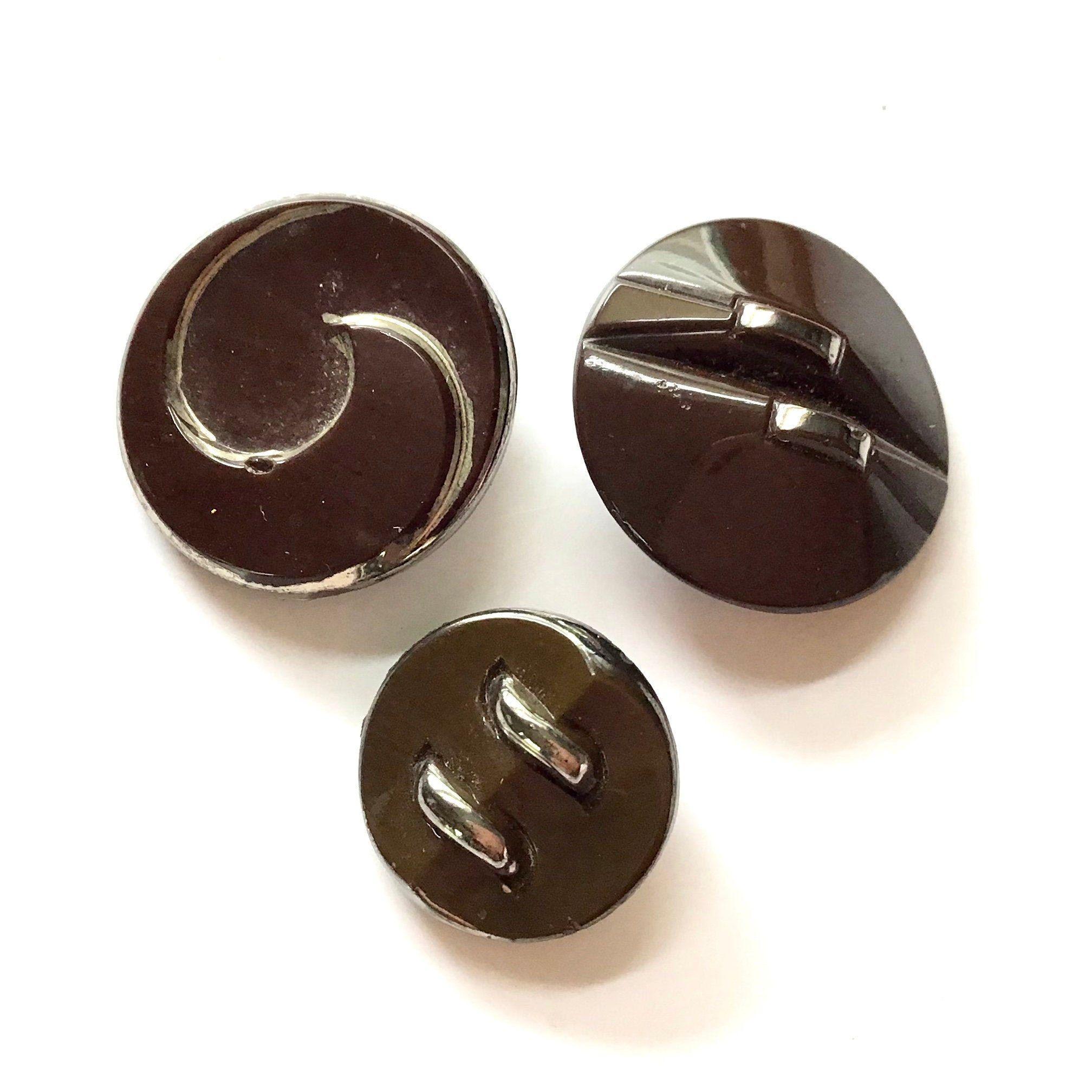 Vintage Ecru Glass Buttons Set3