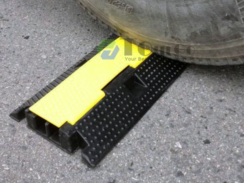 Two Channels Cable Protector Straight Ramp | Tourgo Cable Ramps ...