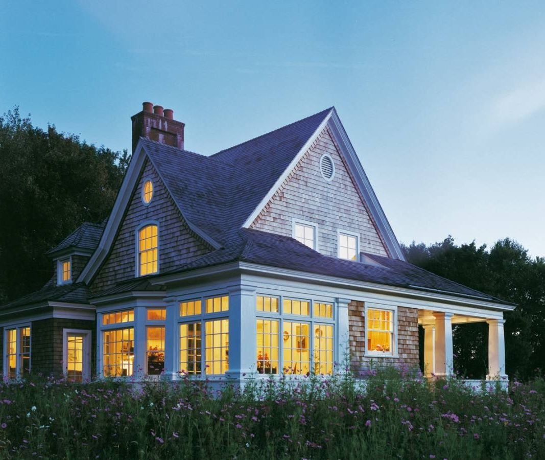 2 300 square foot shingle style house with porches for Shingle style beach house plans