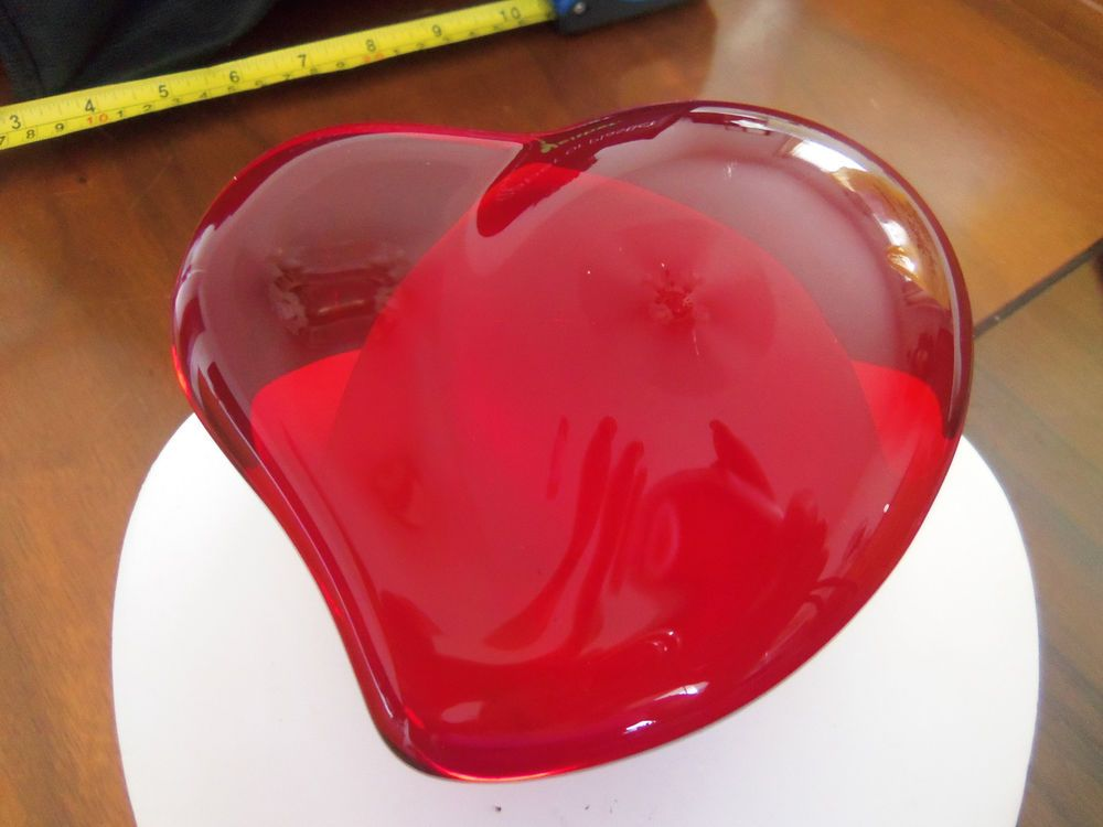 f29ce89d6a08 Tiffany & Co Red Crystal/Glass Heart Paperweight Signed Elsa Peretti ...