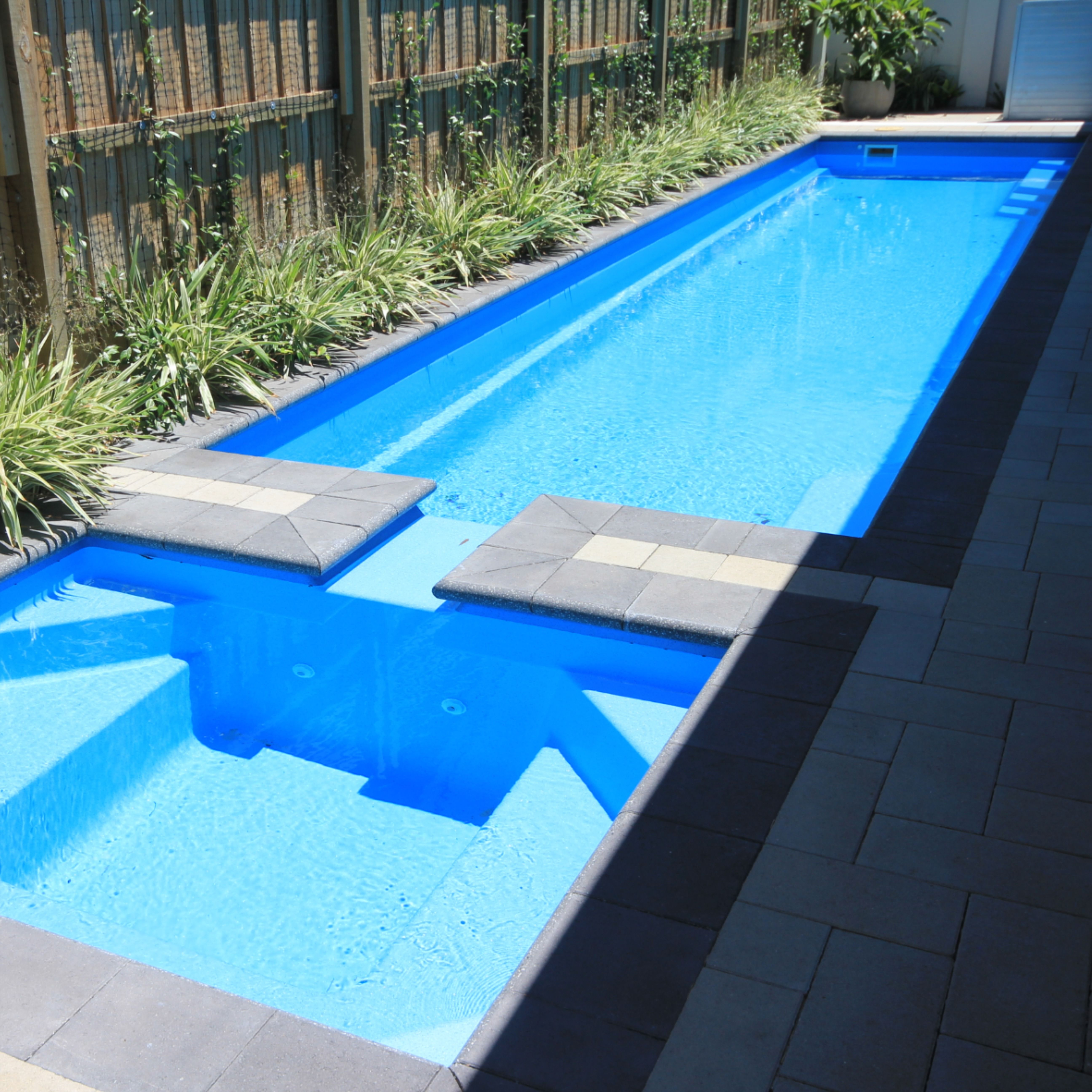 Rectangular Swimming Pool With Spillover Spa Lap Pools Backyard Rectangular Swimming Pools Fiberglass Swimming Pools