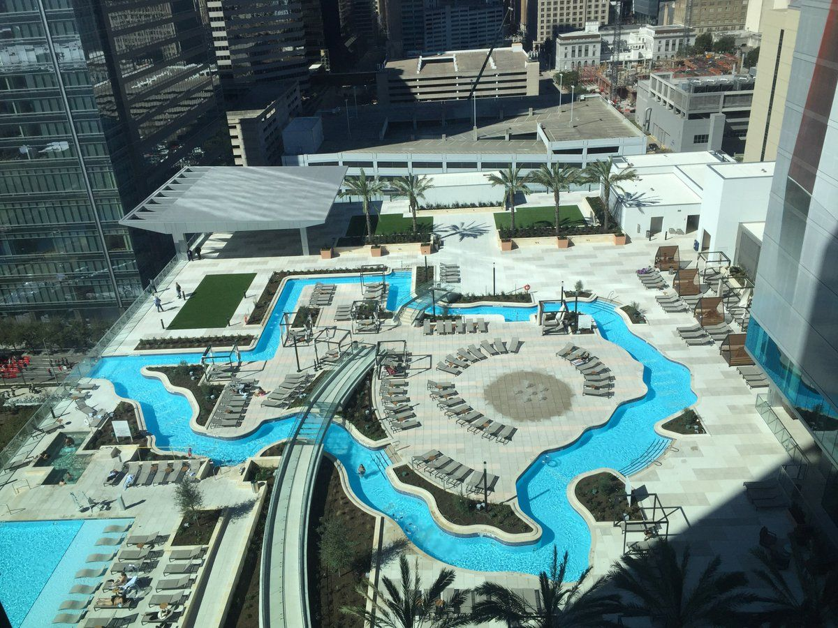 Texas shaped lazy river pool at the houston marriott for Pool design houston tx