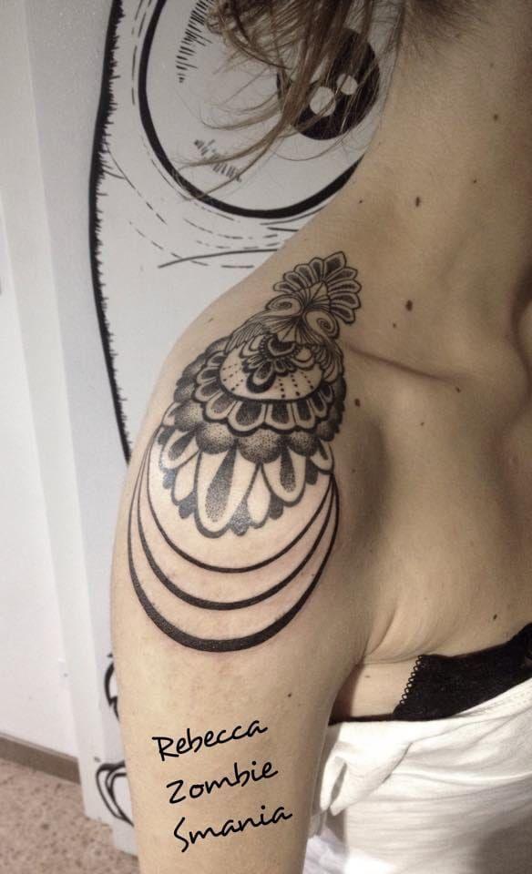 18 Sophisticated Shoulder Tattoos