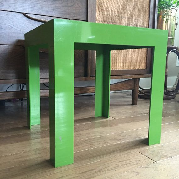 Here Is A Vintage Syroco Parsons Table Constructed From Le Green Plastic And Measuring 16 X