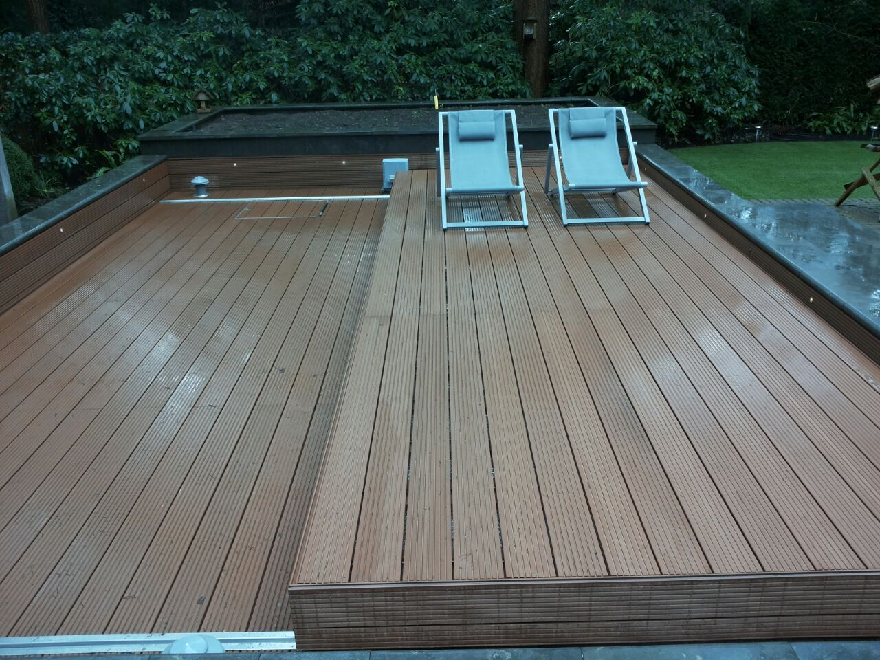 Rolling Deck Automatic Hot Tub Swim Spa Pool Cover Wooden Pool Deck Hot Tub Swim Spa Hot Tub Cover