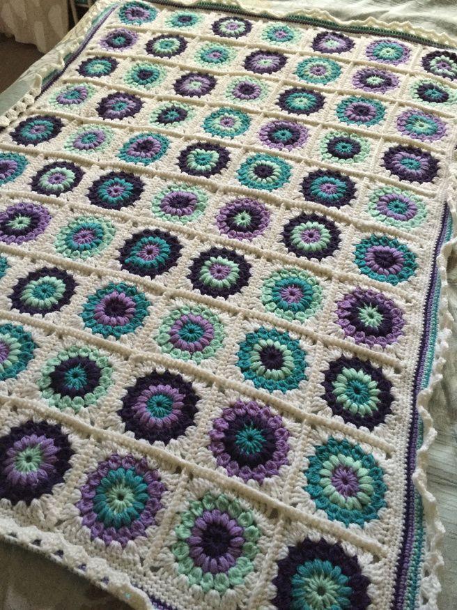 Starburst granny Square Crochet Blanket - Bendigo Woollen Mills Luxury Wool B...