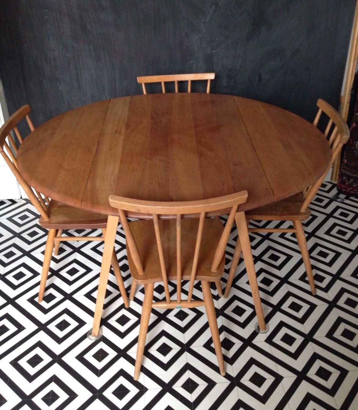 Vintage retro ercol drop leaf round dining kitchen table ebay - Ercol Blonde Round Drop Leaf Dining Table 384 2 Windsor Chairs Vintage Retro
