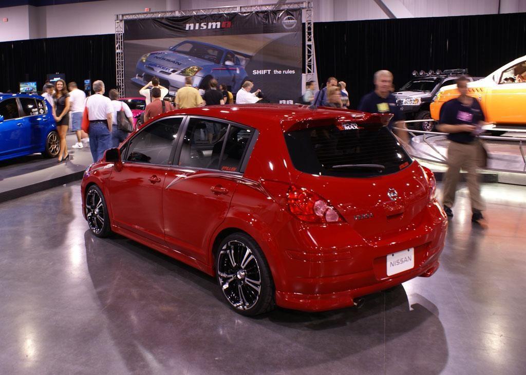 Showroom quality STILLEN 2007 Nissan Versa. Nissan versa