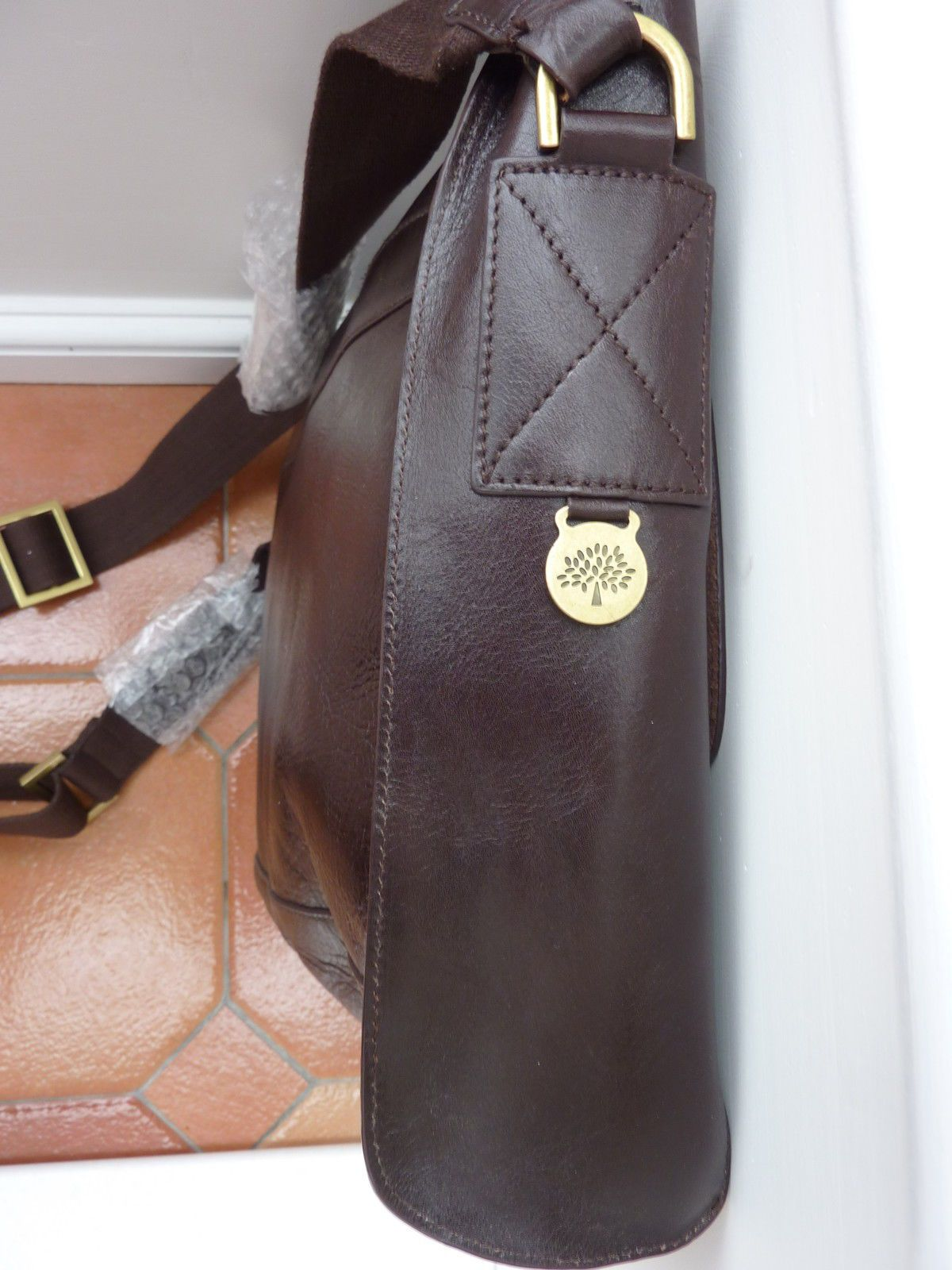 41480cb4e44e Mulberry - Brynmore Messenger Bag - £795 - Brown Leather - triple lock in  Clothes