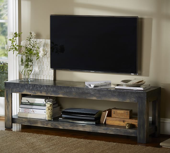 love the rustic look of this table under mounted tv