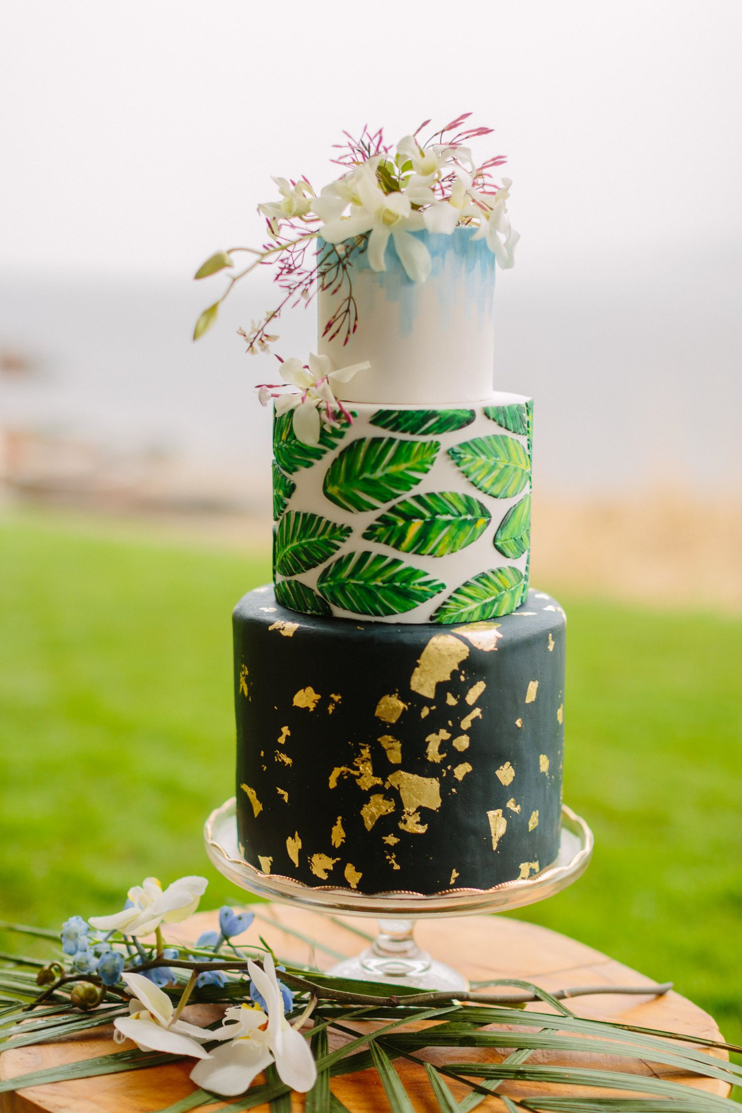Tropical 3 Tier Fondant Wedding Cake By Blue Box Bakery Courtney Bowlden Photography