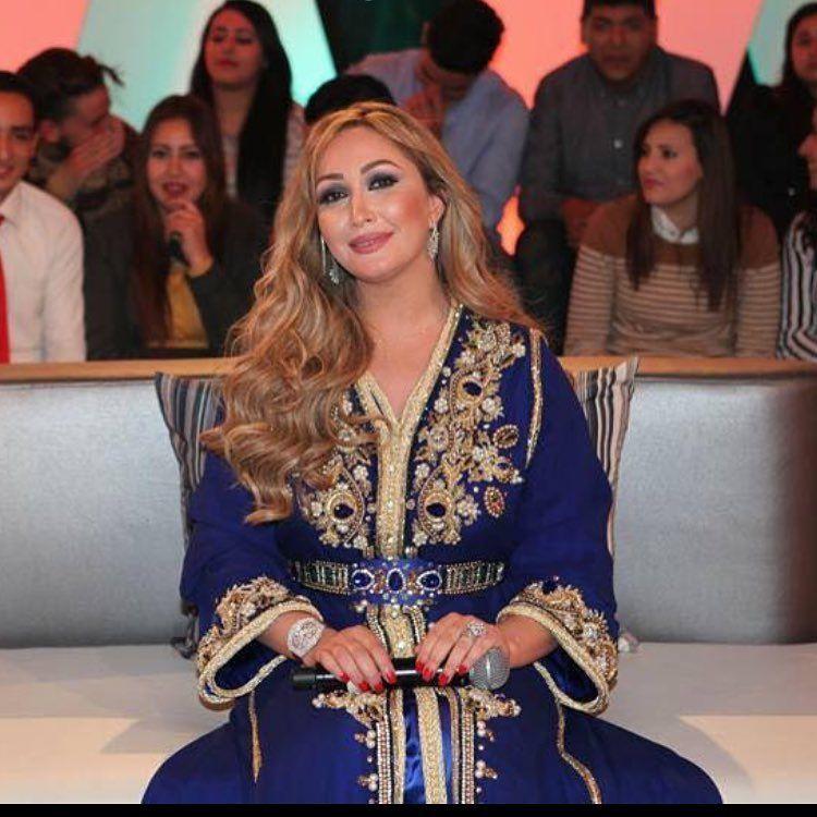 La grande star Marocaine Rajaa Kassabni habillée par Signature by Guennoun. Soyez au rendez-vous Samedi 12 mars.
