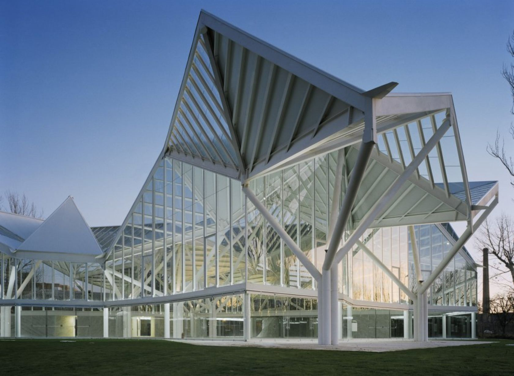 Folding Architecture: Top 10 Origami-Inspired Buildings