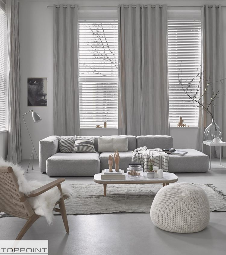 Grey Sofa And Grey Decor In This Living Room I Decor Aid White Living Room Decor Living Room Scandinavian Minimalist Living Room