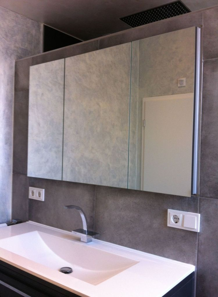 Einbau Badschrank Mit Doppelspiegeln Lighted Bathroom Mirror Bathroom Mirror Bathroom Lighting