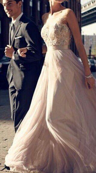 73289bdf0058 Pin tillagd av Ida på Wedding | Bröllopsklänning, Bröllop och Brud