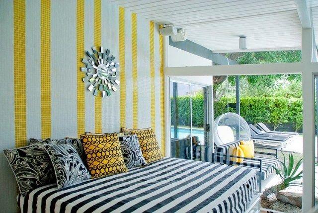 kleines-schlafzimmer fensterfront mosaik gelb schwarz weiße streifen ...