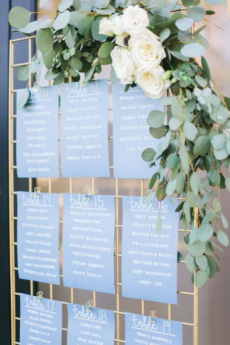 Neueste Fotos Jennifer Grant Hochzeit Im Mccormick Ranch Golf Club Tipps Ein Bestweddingp In 2020 Seating Chart Wedding Wedding Table Planner Wedding Seating