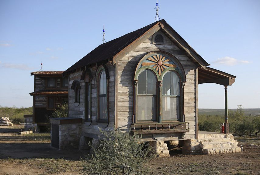 adorable tiny homes texas. Made from salvaged materials  the Arched Zebu is a tiny prairie house Texas Tiny Houses Measuring by built that are close 60 Incredible You ll Hardly Believe Are Real