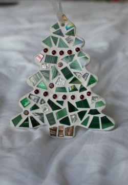 simple mosaic Christmas tree