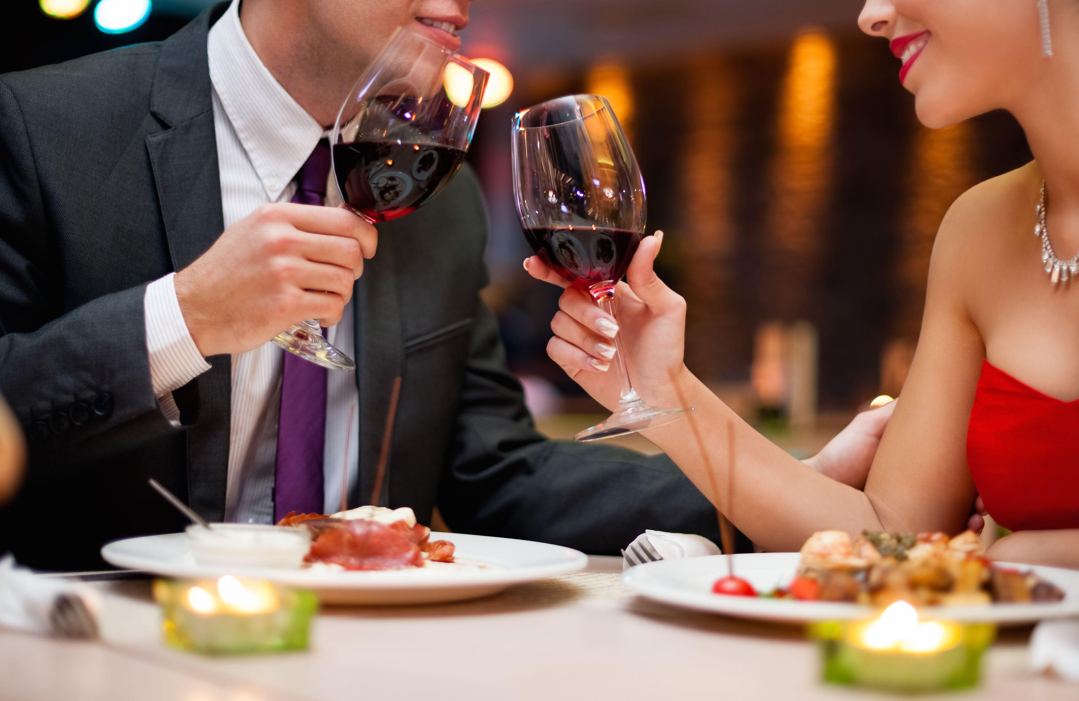 Profil para pemain dating byrå