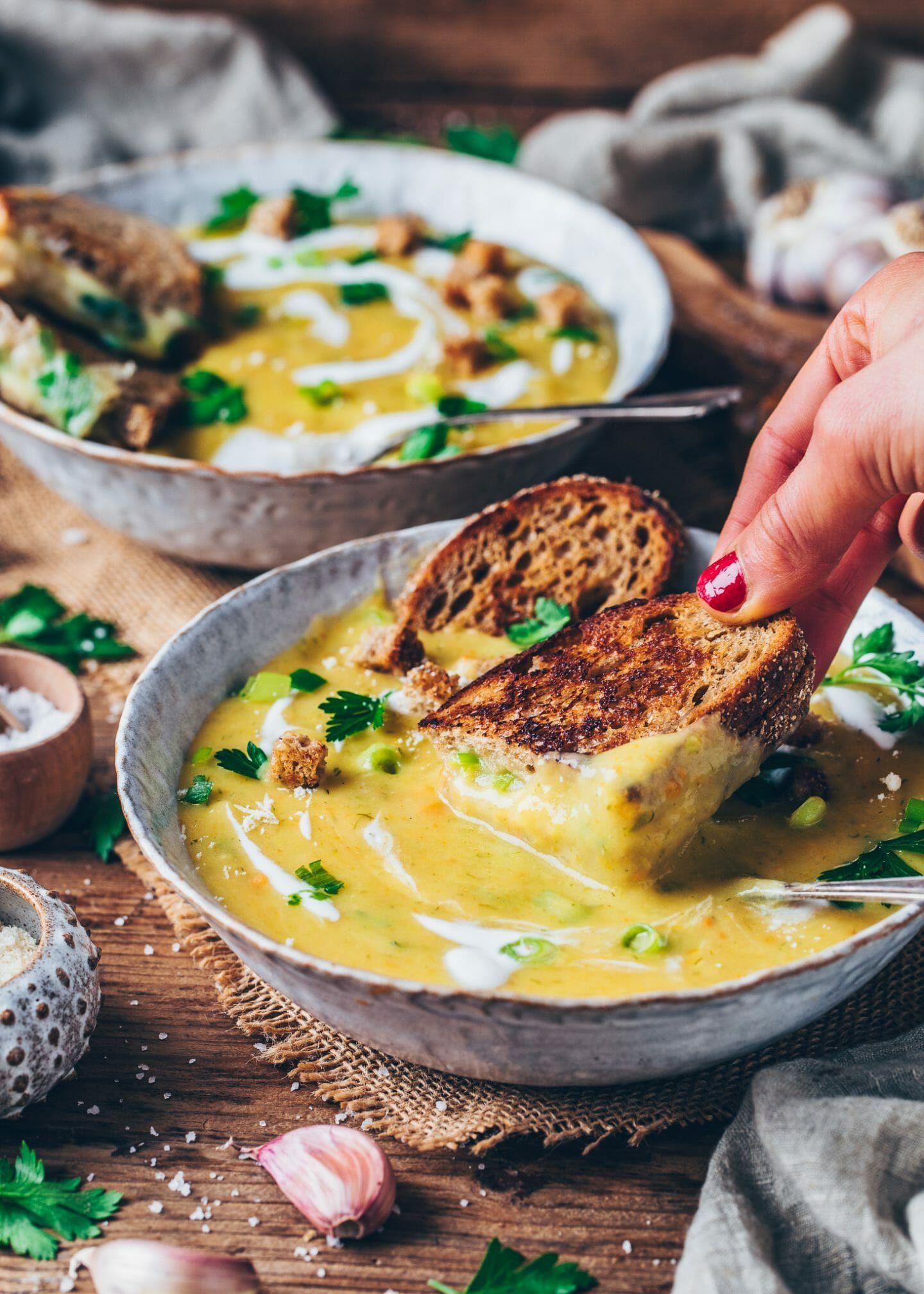 Kartoffel Lauch Suppe | Cremig, Einfach, Vegan - Bianca Zapatka | Rezepte
